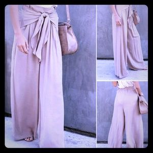 Palazzo pants! Wide leg linen blend with tie-front